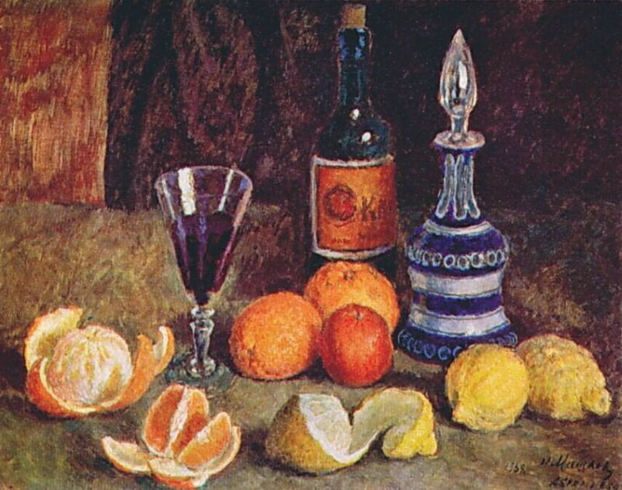 Beginning in the 18th century, still life became its own genre of painting in Russia. Artists working in this genre displayed images in different ways, allegorically describing their relation to the things around them. We've collected the 17 most interesting still lifes painted by Russian hands. // Still life, Ilya Mashkov, 1938