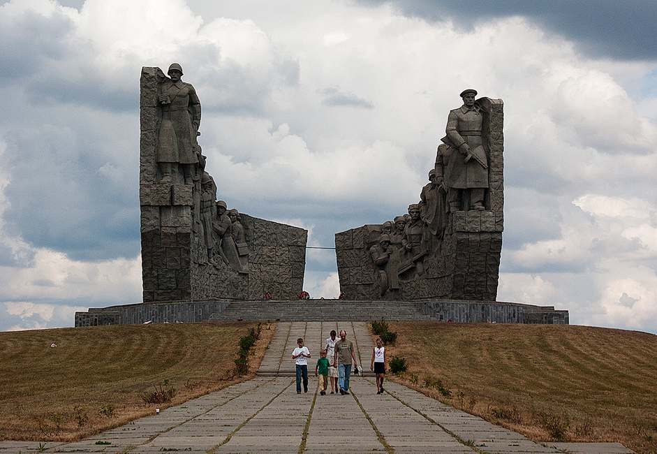 "Not far from Rostov-on-Don, on the road to the Ukrainian city of Donetsk, is a monument dedicated to World War II. This monument is abandoned, one of many that was on especially bloody battlefields in the Soviet Union in the mid-20th century. Many of these monuments are far from populated areas and local authorities often lack the money necessary to maintain them. However, people driving by stop and lay flowers at these abandoned memorials. The picturesque nature of southern Russia and the fiery temperament of freedom-loving Cossacks made Rostov-on-Don and its surrounding areas extremely enticing. There inspired the novel ""And Quiet Flows the Don"" by Mikhail Sholokhov, the only writer from the era of Socialist Realism who received the Nobel Prize in 1965 (with official permission from Soviet authorities)."