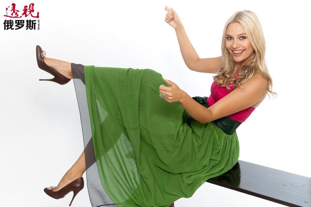 2005年,鲁多娃首次在电视剧《女主角》中客串角色。然而,使她真正成名的是主演电视剧《塔基亚娜节》,鲁多娃因此获得巨大的成功以及广泛的知名度。