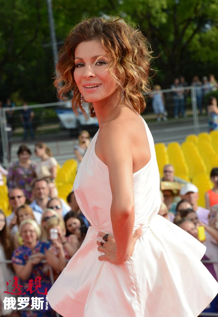 叶莲娜•波德卡明斯卡娅(Elena Podkaminskaya)是俄罗斯戏剧和电影演员。