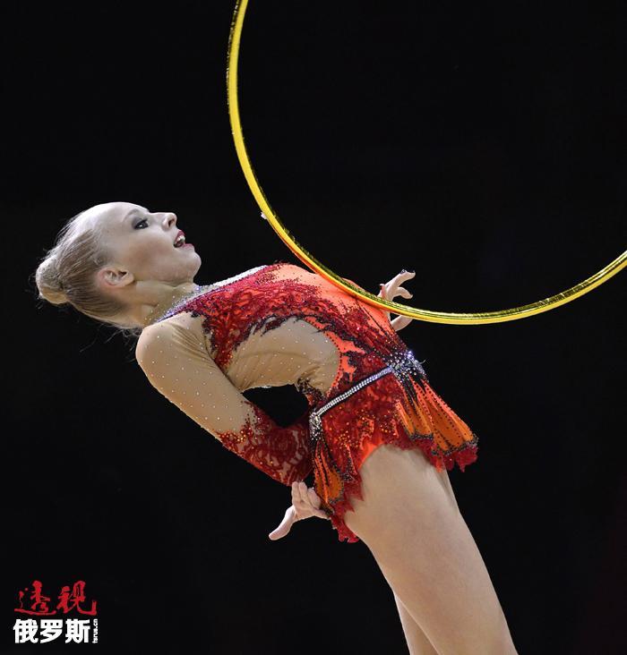 在一年前的基辅个人全能赛中,16岁的亚娜·库德里亚夫采娃同样所向披靡。