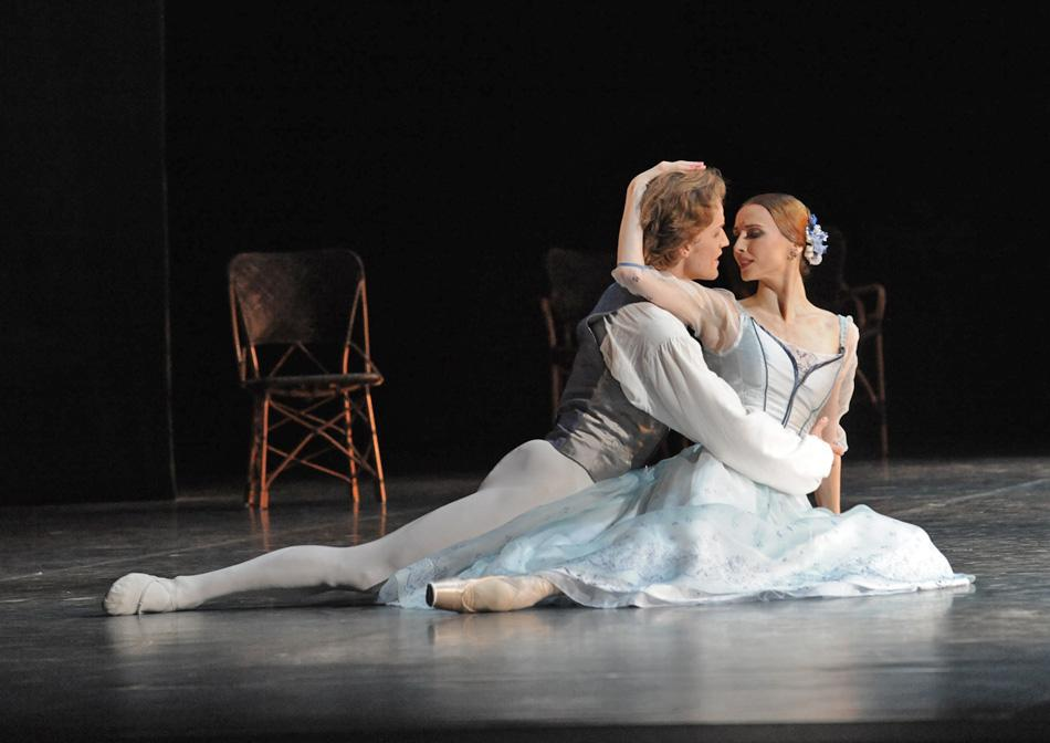 <a href=http://rbth.com/articles/2012/08/13/svetlana_zakharova_dancing_on_giselles_points_17327.html target=_parent>Svetlana Zakharova</a>, also graduated from the Vaganova Ballet Academy. She immediately joined the Mariinsky Ballet, where she was made a principal dancer after her first year, when she was just 17. Now she&#039;s taking steps to facilitate the study of dance. &quot;I'm very proud to have sponsored a bill that allows students at art academies, not just dance academies, to attend ordinary integrated schools.&quot;