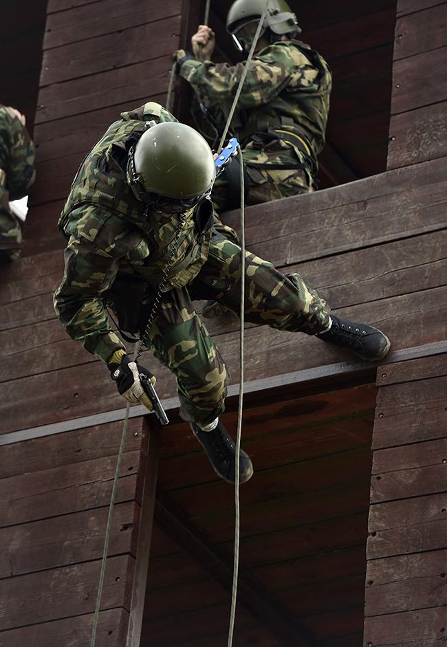 "The third and final stage is the storming of a ""skyscraper"", where abseiling and shooting skills are tested to the limit."