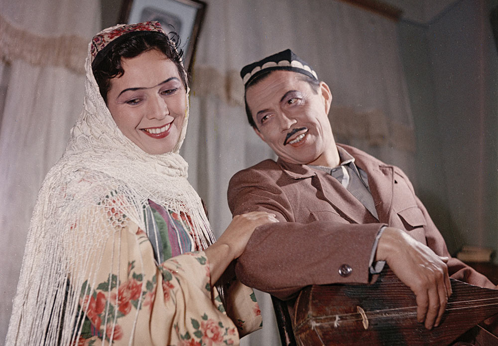 """Uzbek decade, scene from the play """"Hurjat"""" staged by the Hamza State Academic Drama Theater"""