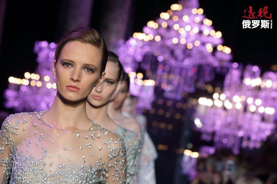 黛莉雅·斯托寇思(Daria Strokous)是当今最知名和炙手可热的俄罗斯名模。