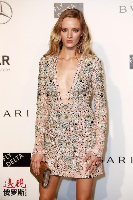 2010年,黛莉雅·斯托寇思为意大利《时尚》杂志拍摄了5月期的封面,这也成了其职业生涯中具有里程碑意义的事件。此后黛莉雅的事业一飞冲天。