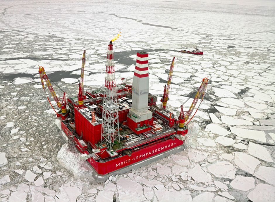 In 2013 the Prirazlomnaya rig, an ultra-modern oil drilling platform, was put into operation. To date, it is the only station producing oil on the Russian Arctic shelf.