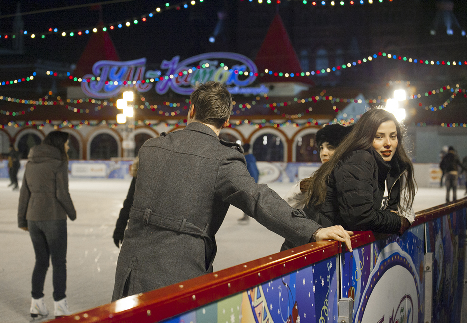 <a > <u>The GUM skating rink on Red Square.</u> </a> This winter, the GUM skating rink is open every day from 10 am to 12 pm, all the way to spring (November 30 to March 15).
