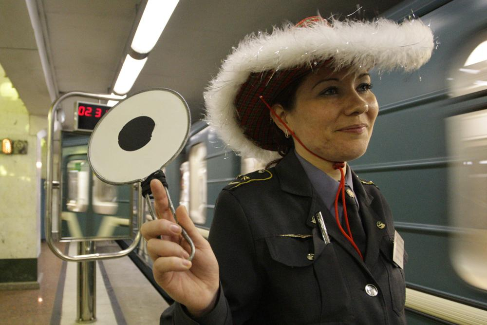 The Moscow Metro is open daily until 1 am. Even on December 31. Thanks to the subway workers, many city folk can get home in time for the New Year feast.