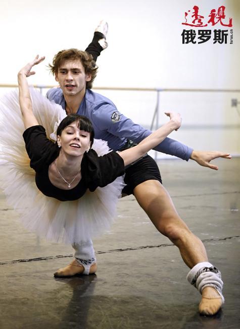 如今,奥西波娃已经逐渐减少经典剧目的演出,而是经常参与当代舞蹈项目。