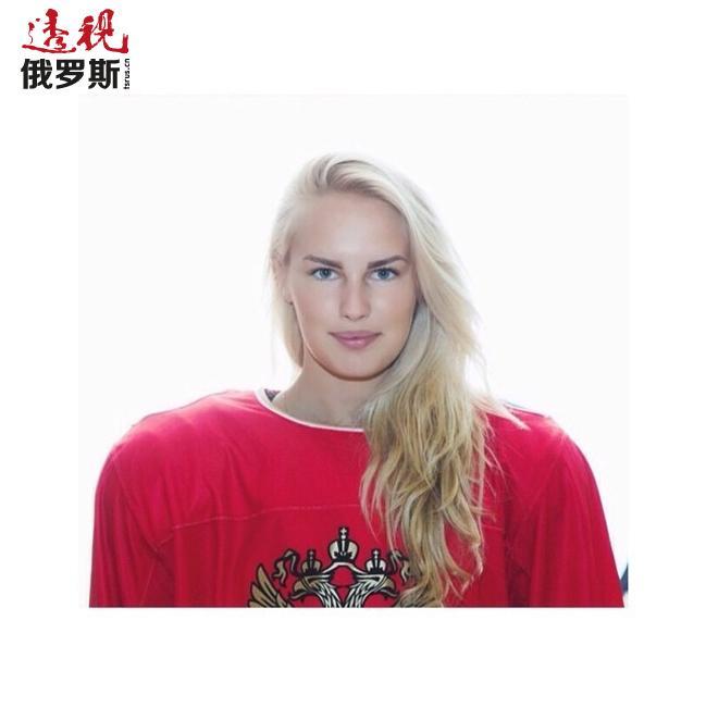 今天我们要为您介绍俄罗斯女子冰球队守门员——伊丽莎白·克尔达科娃。