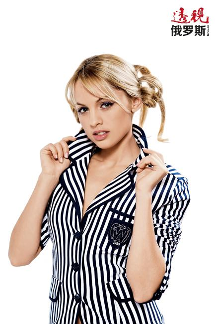 回到莫斯科后,她参加了多部剧集和广告的演出,由此带来的知名度使她能够参演CTC频道播出的电视剧《海棠》。