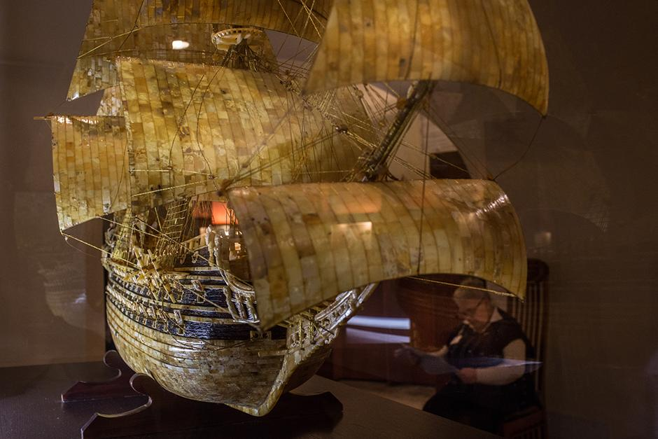 An amber model of the Vasa (or Wasa), a Swedish warship that sank during its maiden voyage in 1628, exhibited at the Amber Museum in Kaliningrad.