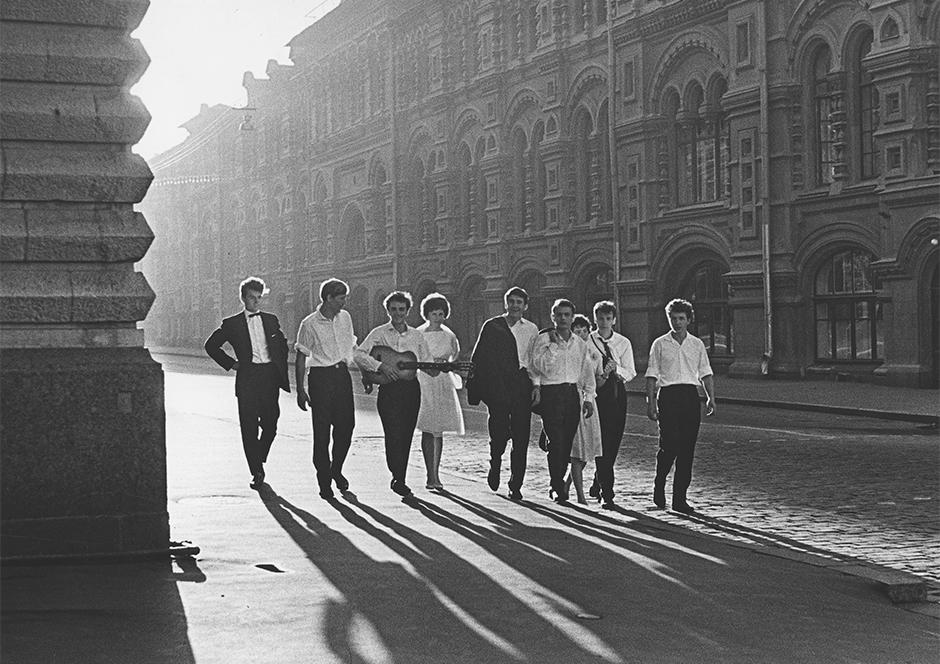 Dawn, 1964