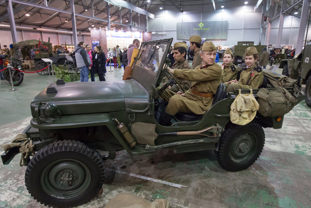 The Willys jeep was one of the most popular vehicles among Red Army commanders. The debate as to whether the USA delivered them to the USSR together with leather coats for the drivers continues to this day.