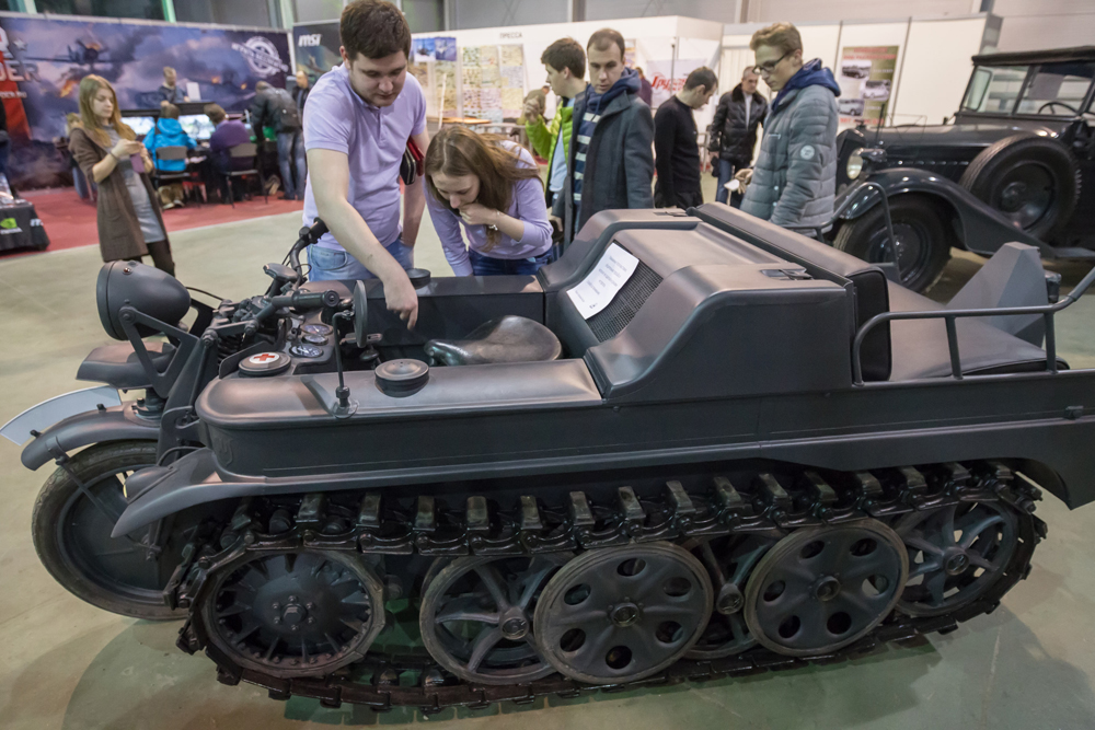 The Kettenkrad HK-101 half-track motorcycle was designed for the airborne and mountain divisions of the Wehrmacht and Luftwaffe, but was also popular in the Red Army as a trophy.
