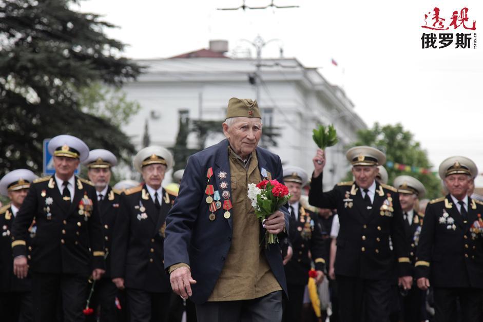 纪念伟大卫国战争胜利69周年以及塞瓦斯托波尔解放70周年胜利者大阅兵。拍摄日期:2014.05.09