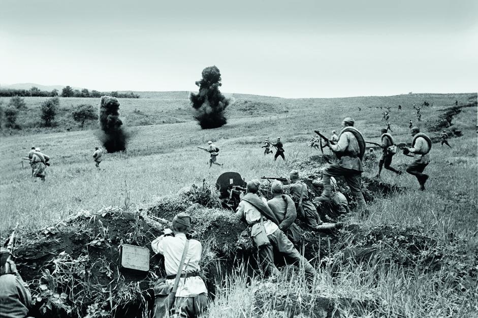 苏联军队进行反击。库班1943年。
