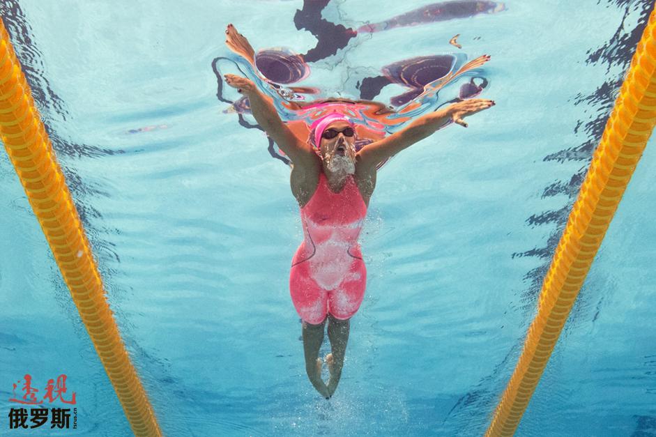 2009年罗马游泳世锦赛50米蛙泳获胜是俄罗斯女子游泳运动员夺得的首个世锦赛冠军。