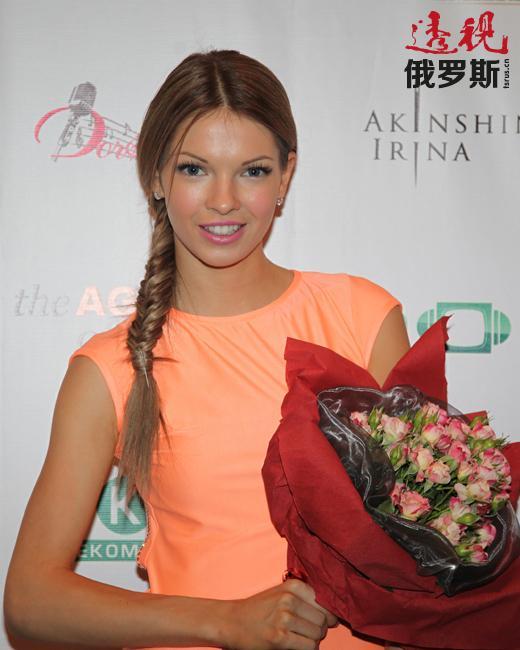 娜塔莉亚·巴尔多2012年毕业于鲍里斯·休金戏剧学院再教育部。