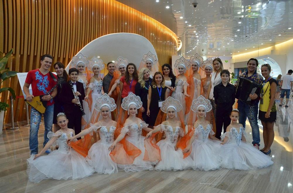 在上海举行了俄罗斯联邦文化部的大型项目- FEEL RUSSIA联欢节(俄罗斯文化艺术联欢节)。它向全世界观众介绍俄罗斯文化的重大创作成就和艺术方面的新追求。