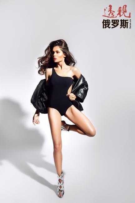 2007年她获得时尚电视台频道(Fashion TV)俄罗斯最成功商业模特称号。