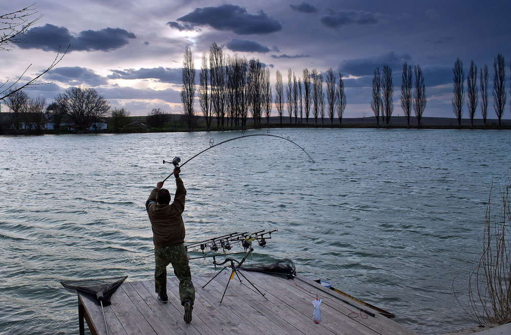 A participant in the 2016 Carpfishing