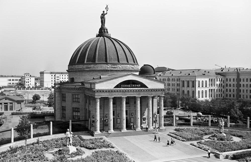 stalinist-arch2
