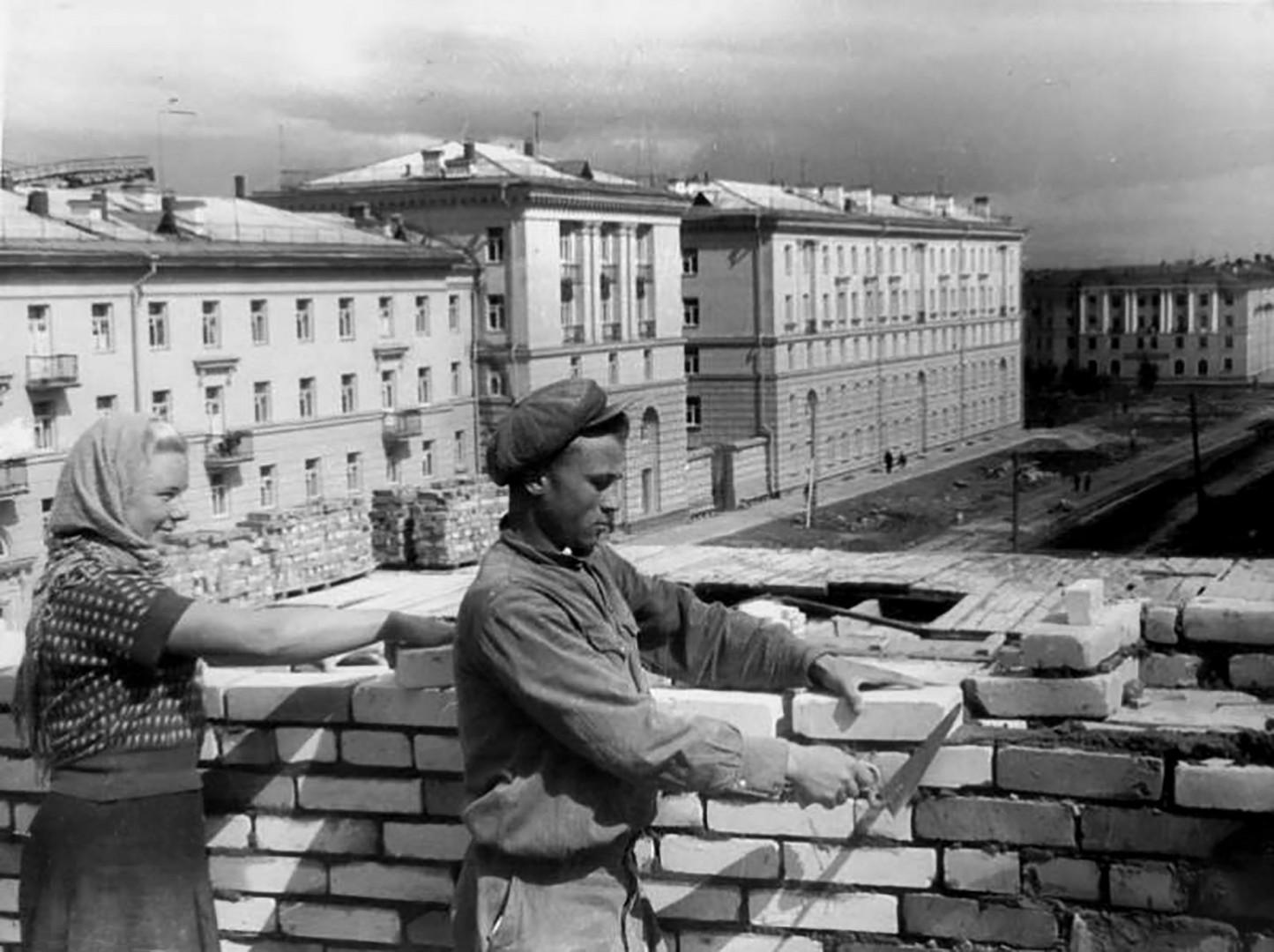 Soviet construction