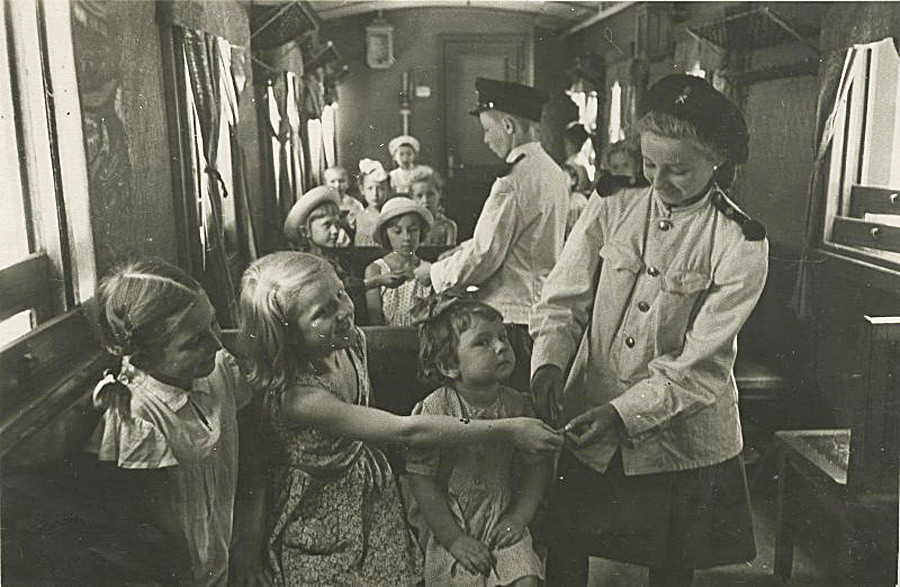 Soviet childhood