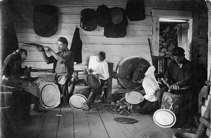 Russian artisans