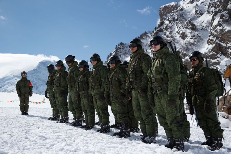Military Alpinists
