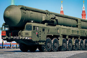 How much Russia spends on its military