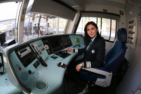 Elena Lysenko-Saltykova train driver