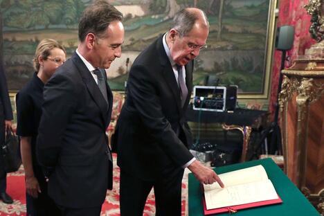 Sergey Lavrov and Heiko Maas