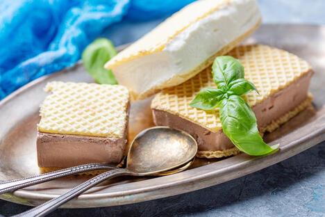 Soviet ice cream sandwich