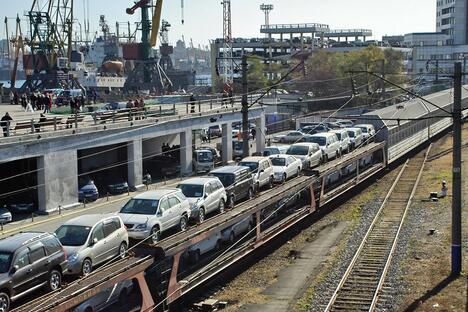 Cars transportation