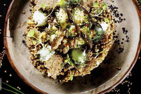 Buckwheat porridge with white mushrooms from the Lent menu