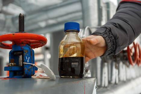 Oil production at Sorovskoye