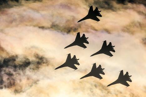 Sukhoi Su 27 fighter jets of the Russkiye Vityazi