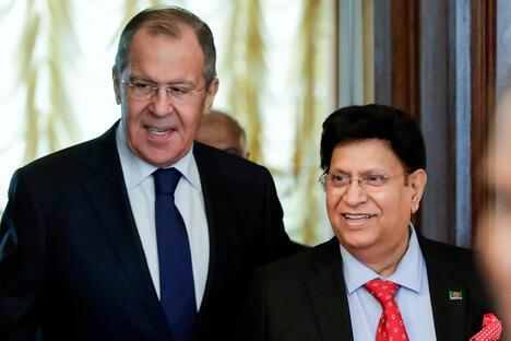 Sergey Lavrov and A K Abdul Momen