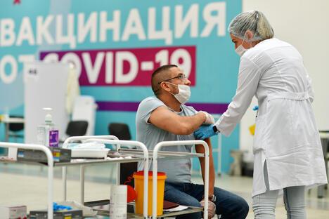 Vaccination in Russia