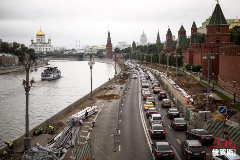 Street renovation in Moscow. CN