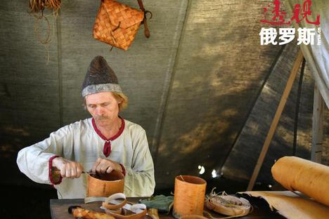 russian craftsman