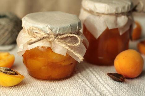 Apricot varenye