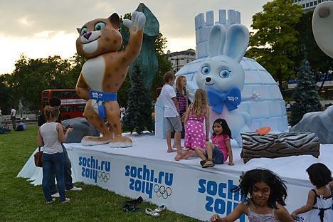 """索契公园将引入""""俄罗斯冬季之美和精神"""",上演以""""索契:大城市小故事""""为主题的冰上舞蹈表演。摄影:俄新社 / Vladimir Pesnya"""