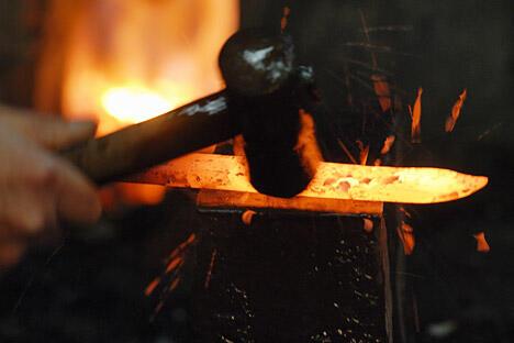 俄专家研制出一种技术方法,可以将钢材锻造至仪器都无法检测其磨损的程度。图片来源: GettyImages/Fotobank