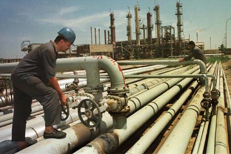 据悉,目前中国石油天然气集团公司正在与俄罗斯卢克石油公司就有关参与伊拉克西古尔纳2号油田开发事宜进行谈判。图片来源:AP