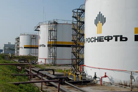 俄石油公司的远东炼油厂项目预期投资为54亿美元,产能为340万吨/年,计划于2017年投产。图片来源:塔斯社