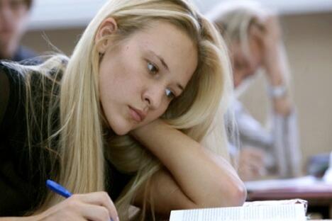 根据国际经济合作发展组织公布的数据,在世界各国25岁至64岁年龄段的人群中,俄罗斯公民受高等教育比例达到54%。图片来源:俄新社